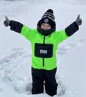 Когда чадо хочет делать снежных ангелов и ездить на снегоходе с родителями, а на улице холодно... 🥶